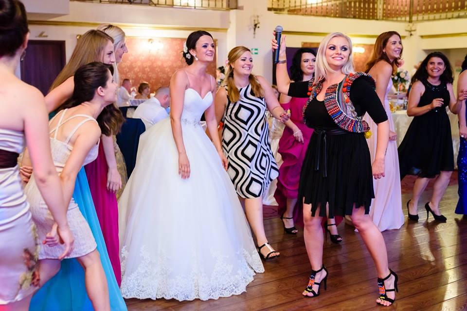 dj nunta bucuresti, formatie nunta, formatii de nunta bucuresti, dj pentru nunta bucuresti,